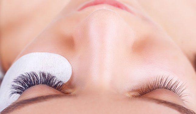 Semi Permanent Mascara Training course - protecting the eye