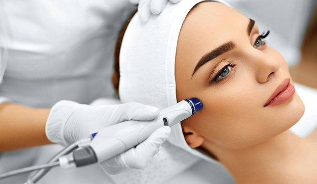 Microdermabrasion Training Courses - image of treatment to right cheek area