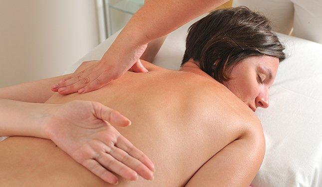 Remedial Massage course image of shoulder massage