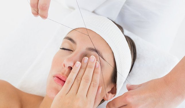 Threading Training Courses - Image of Brow being Threaded