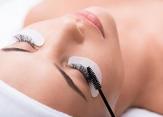 Microblading Training Courses - Semi Permanent Mascara application