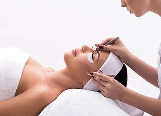 Microblading Training Courses - Volume Lashes treatment Image