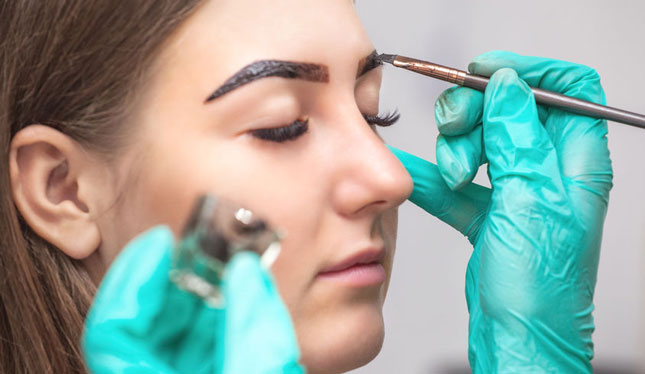 Image of student on Henna Brows Training Course