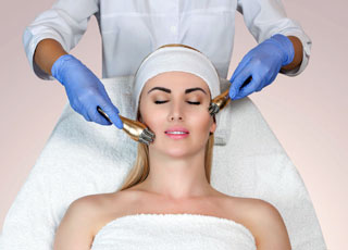 Advanced Cosmetic Procedures Training course - Electrical Facial Treatment Image