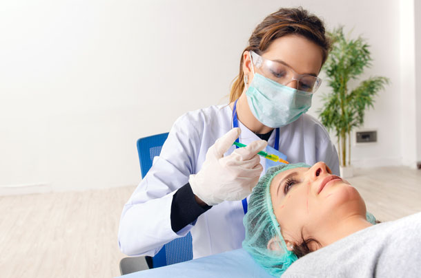 Mesotherapy Training Courses - treatment application to forehead